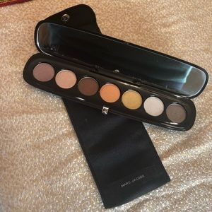 New with Pouch Marc Jacobs Eyeshadows